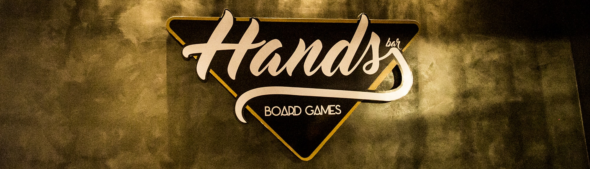 Hands Bar Board Games